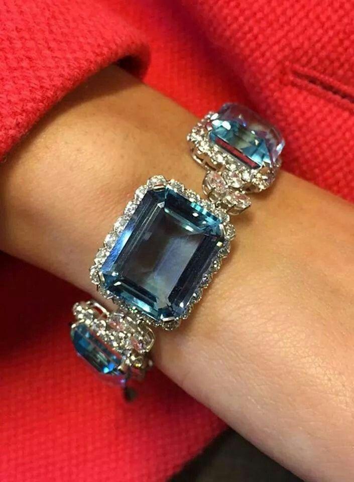 Tom Burstein for Christie's Jewelry Van Cleef & Arpels