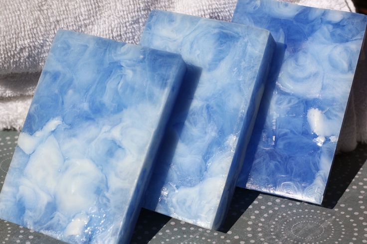 Handmade Shea Butter and Glycerin Soap – Luxurious Linen Soap // Gifts for Her // Gifts for Him