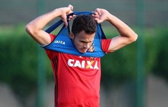 """De novo titular do Sport, Renê fala sobre Oswaldo: """"Não tinha confiança"""""""