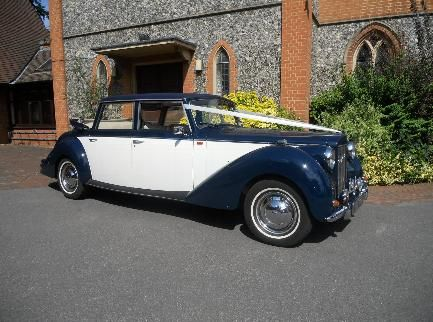 Wedding Cars Surrey from Abbey Rolls Hire offer the best Wedding car hire Surrey for your big day. Book the perfect vintage car for your wedding day