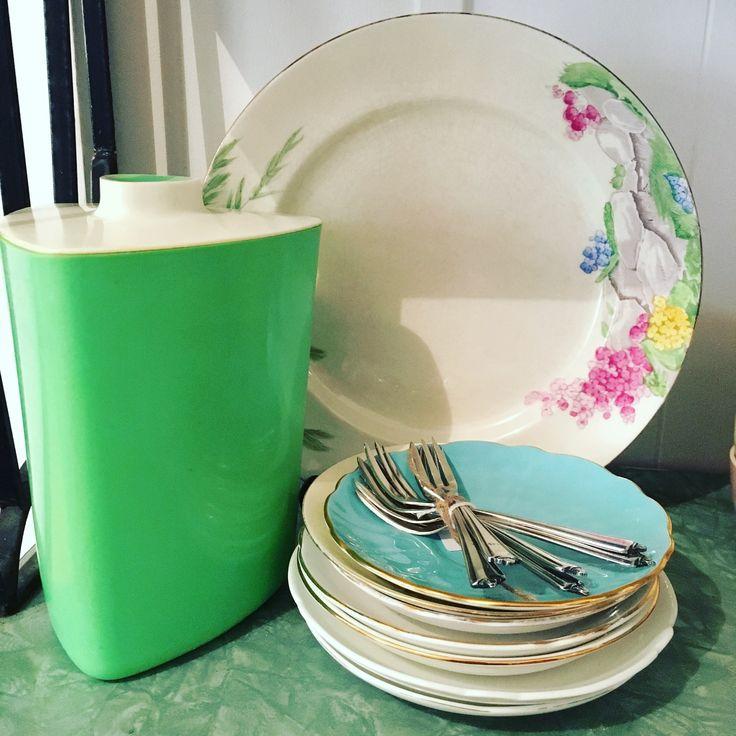 Spring palette vintage china @rustemporium