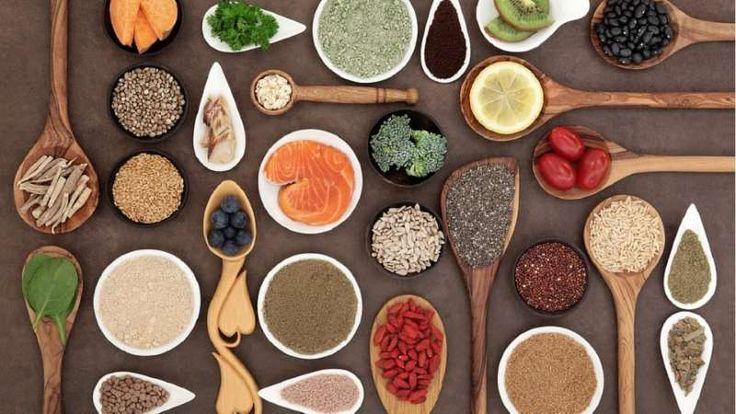 15 υπερτροφές που αξίζει να εντάξετε στη διατροφή σας via @enalaktikidrasi