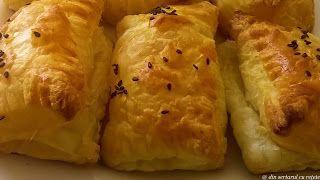 Din sertarul cu rețete: Pateuri simple cu brânză