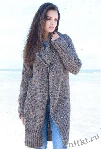 Меланжевое пальто с воротником