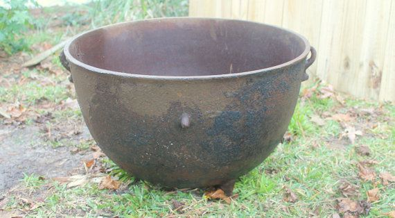 cast iron wash pot for sale plant pot planter by recycledsalvage recycled salvage. Black Bedroom Furniture Sets. Home Design Ideas