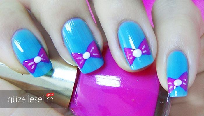 "Hem dikkat çekici hem de sevimli tırnaklar için ""Kurdelalı Mavi Oje Deseni"" videomuz: http://www.guzelleselim.com/kurdelali-mavi-pembe-oje-deseni-nail-arts.html #nailart #beauty #design #fashion"