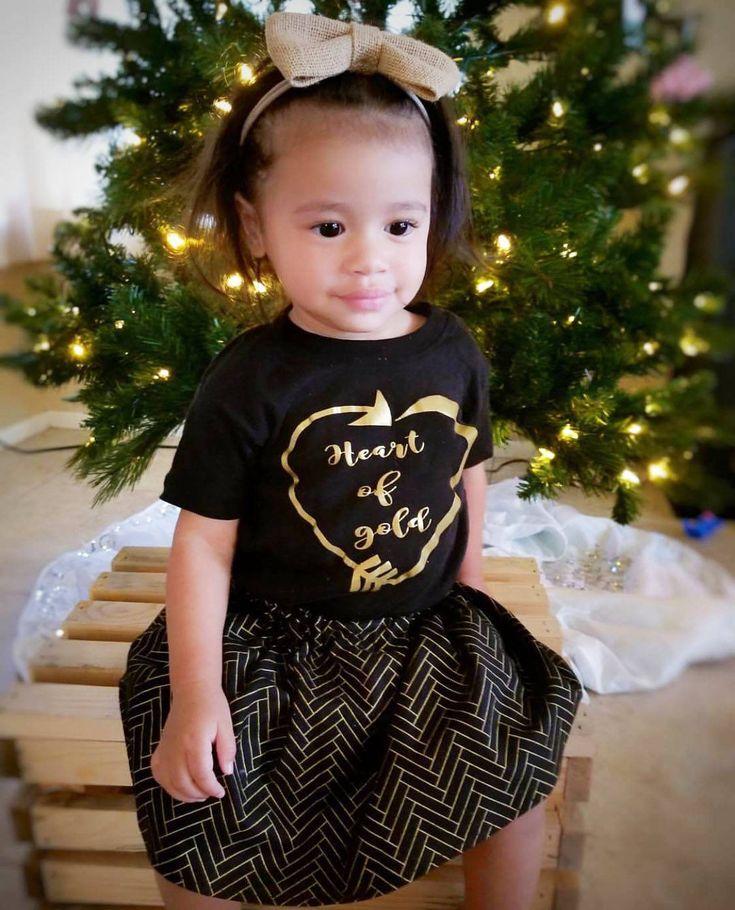 Burlap Headband- Burlap Bow; Burlap Hair Bow; Burlap Nylon Headbands; Baby Headband; Baby Nylon Headbands; Burlap Accessory; Bow Headband by SuVernBowtique on Etsy