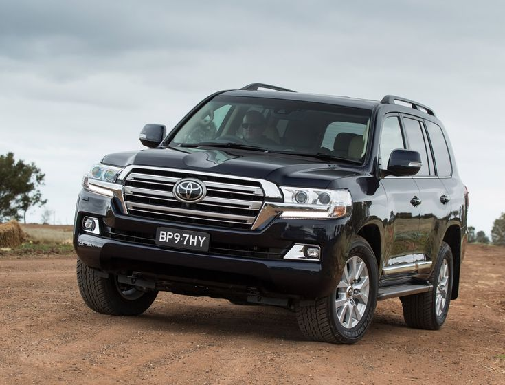 2017 Toyota Land Cruiser Redesign - http://carsima.com/2017-toyota-land-cruiser-redesign/