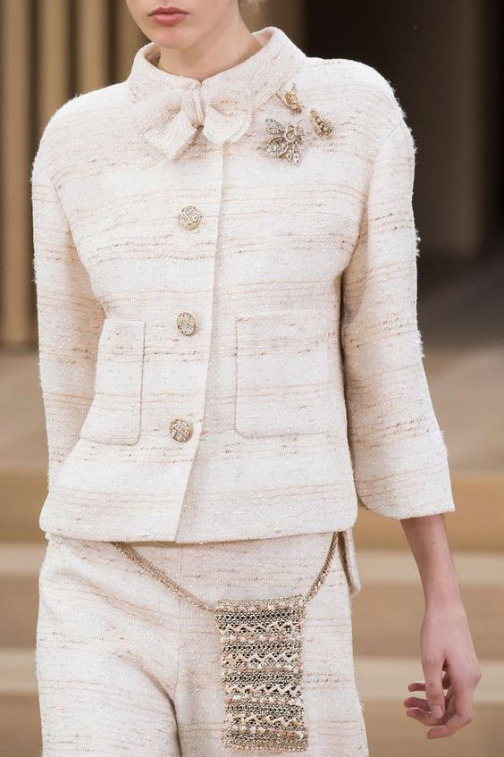 Chanel  Couture  Fashion show detail & more