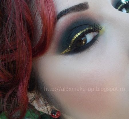 Rhyme and Reason - > Gold http://www.makeupbee.com/look.php?look_id=68673