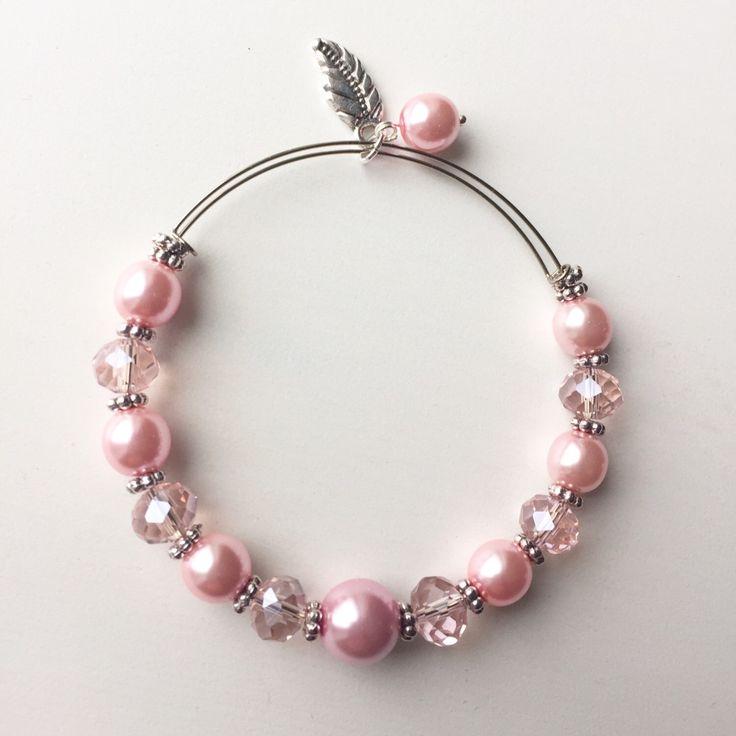 Aster Bracelet by MrsGillmore on Etsy https://www.etsy.com/listing/266567161/aster-bracelet