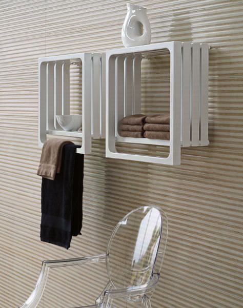 17 meilleures id es propos de radiateur seche serviette for Radiateur mural salle de bain