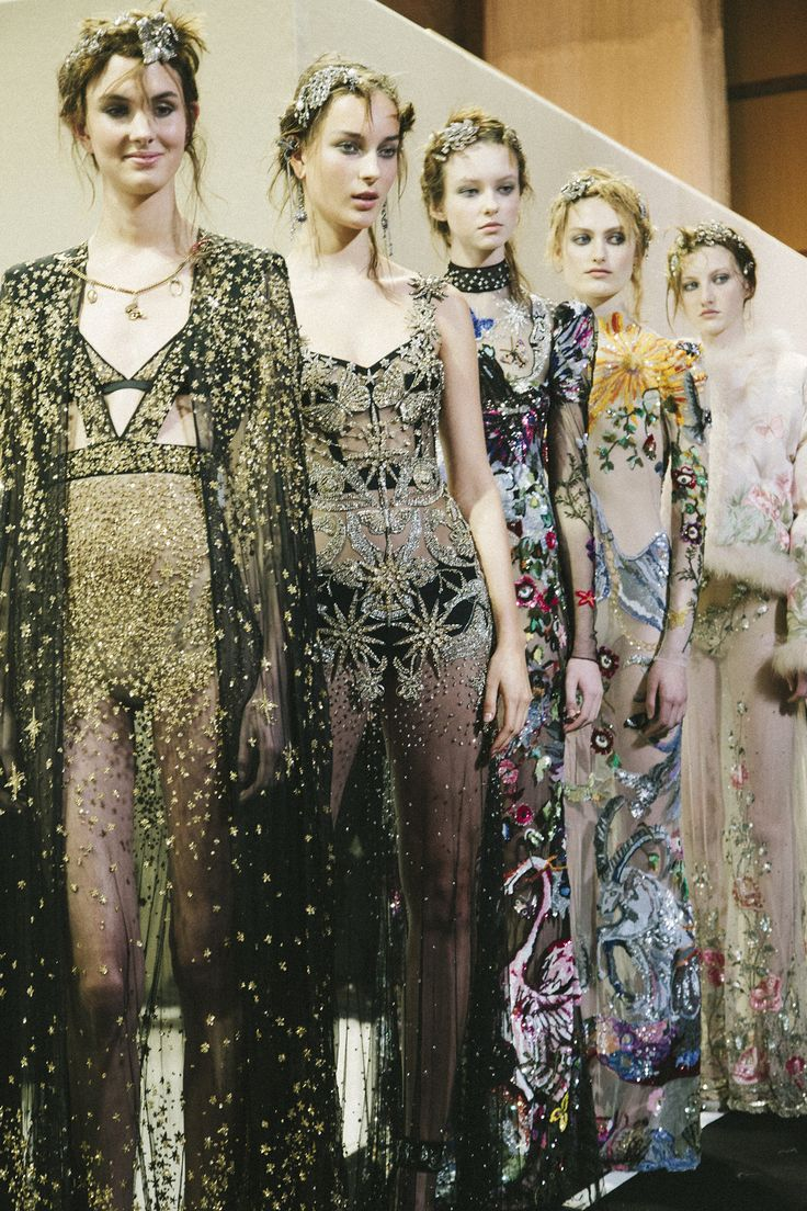 3 Standout Moments To Discuss From Alexander McQueen's Return To LFW AW16