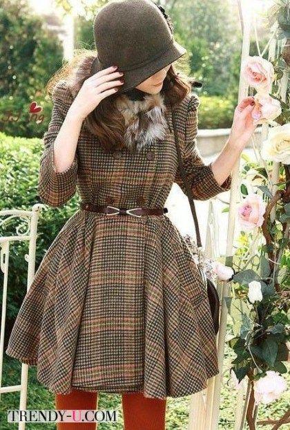 Твидовое платье в стиле ретро