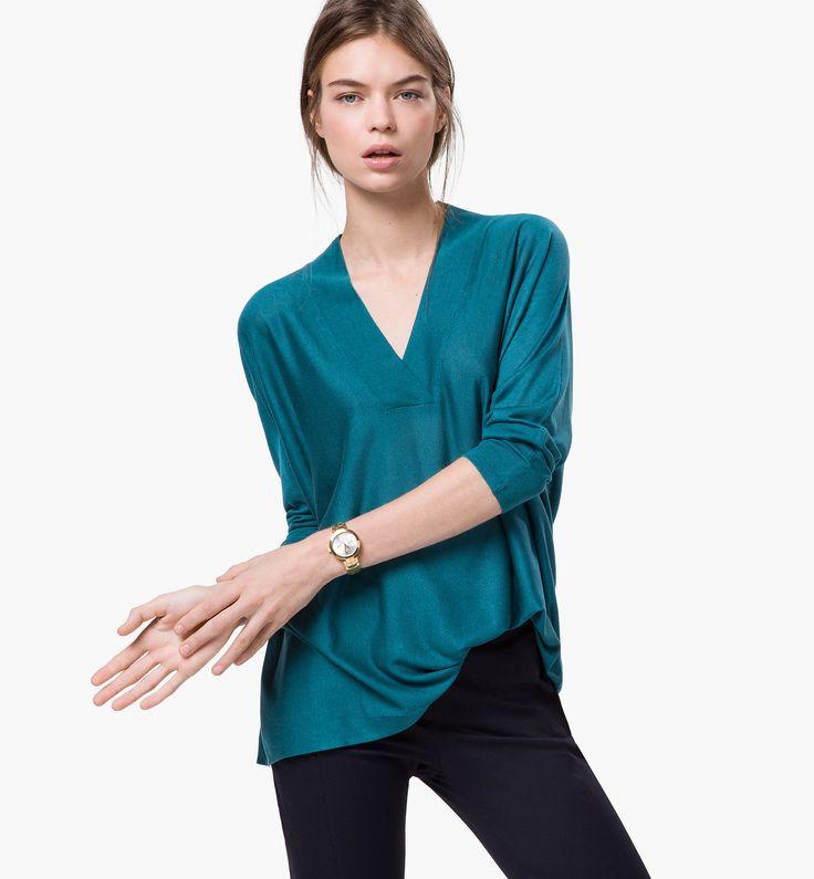 100% SILK CAPE - View all - Sweaters & Cardigans - WOMEN - Saudi Arabia
