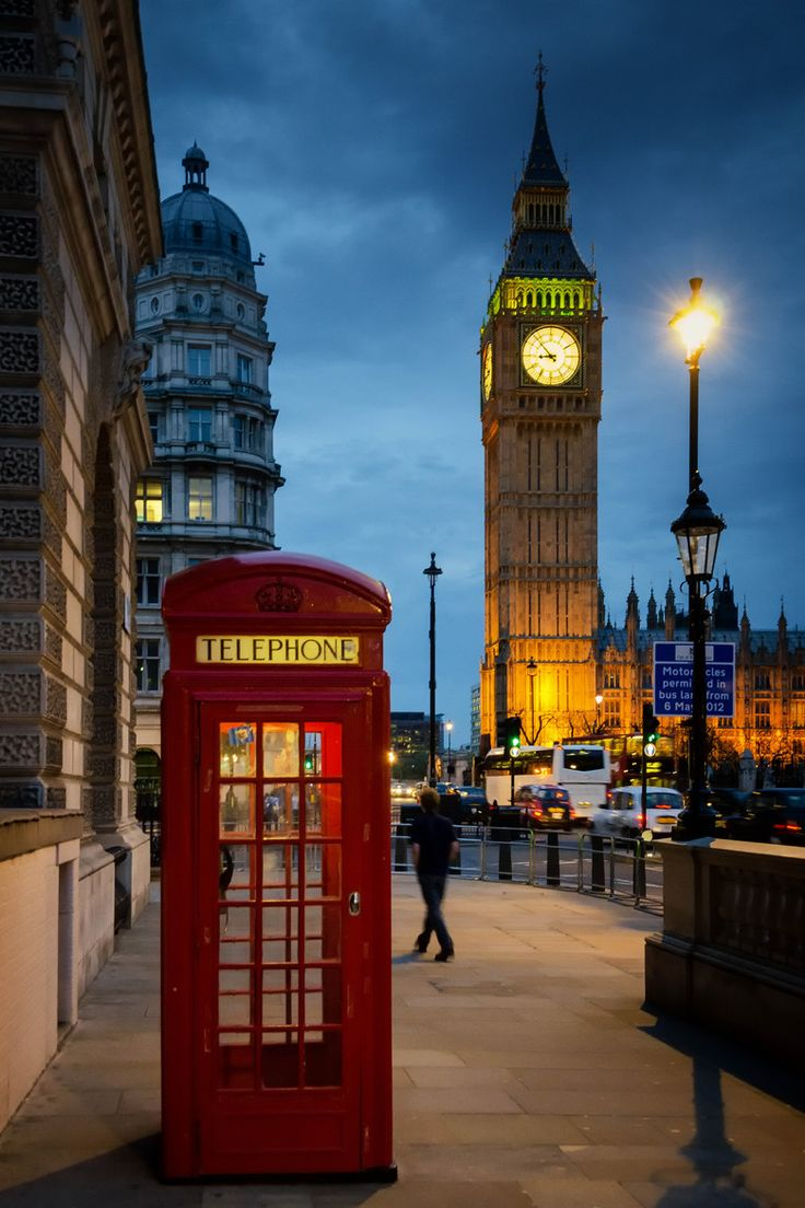 Night in London, England -gorgeous! and check out our replicas: http://search3.designtoscano.com/?D=british+telephone+booth&N=0&Dk=0&Ntt=british+telephone+booth