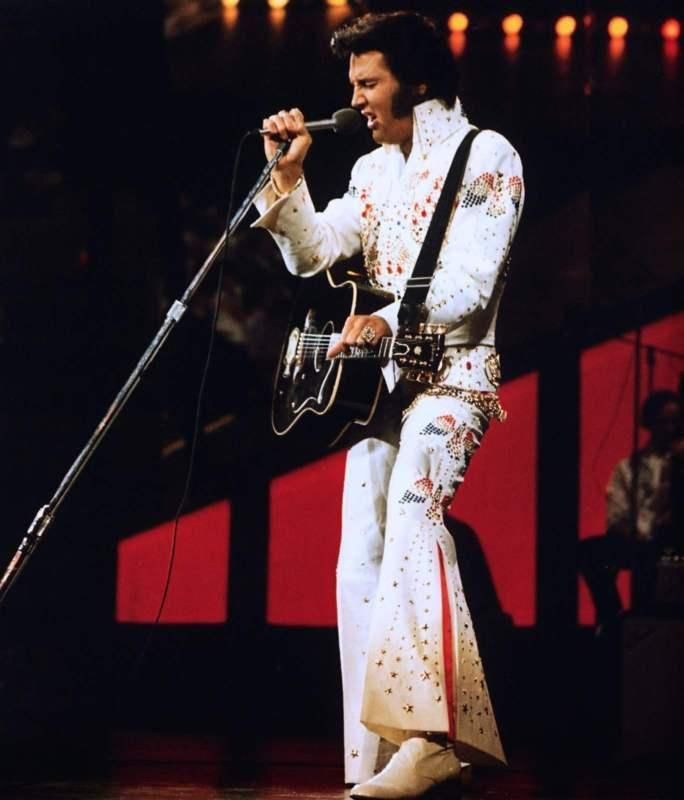 Elvis Presley: Astrological Article and Chart