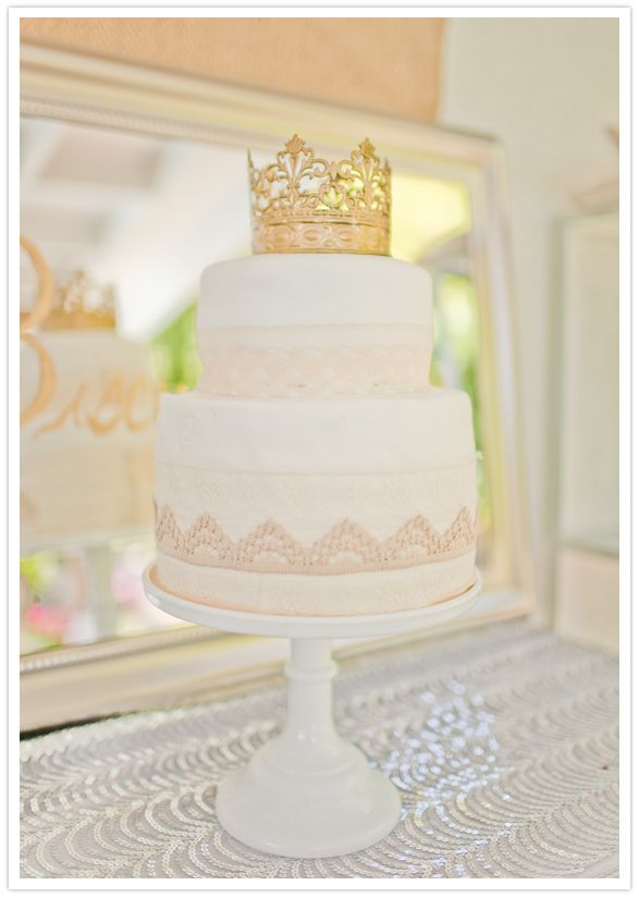 princess crown cake topper and gold trim . . . would be so fun for a little girl's birthday (or big girl's!)