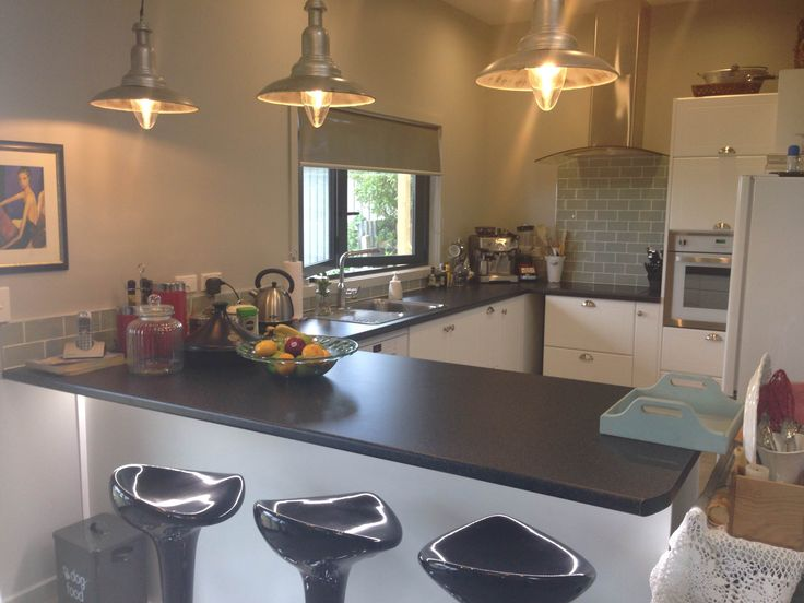 Another Customkit client stamps their personality on their kitchen design!