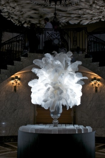 Large feather arrangement for place card table
