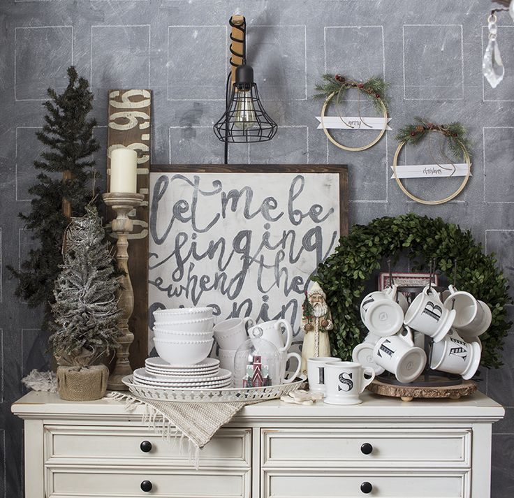 Merry Christmas Embroidery Hoop Wreaths - Hello Yellow Blog #LeonsHelloHoliday