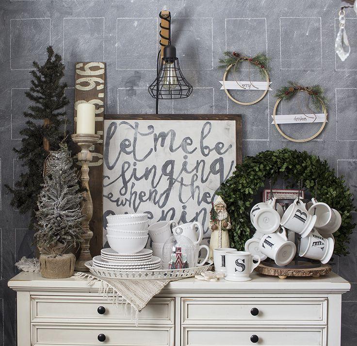 Merry Christmas Embroidery Hoop Wreath Set – An Easy Holiday Craft, With Free Printable Tags via @akadesigndotca