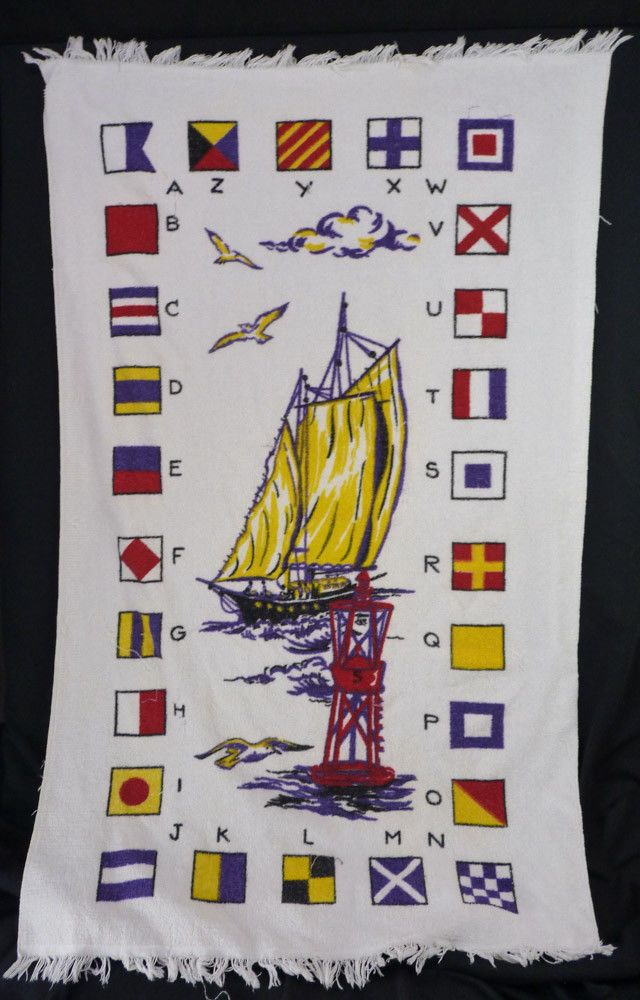Vintage 80s Big SAILBOATS Sailing Boat Flags Print Large Beach Bath Towel