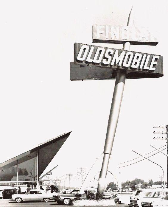 Pete Findlay Oldsmobile Showroom C 1963 3024 Boulder Highway