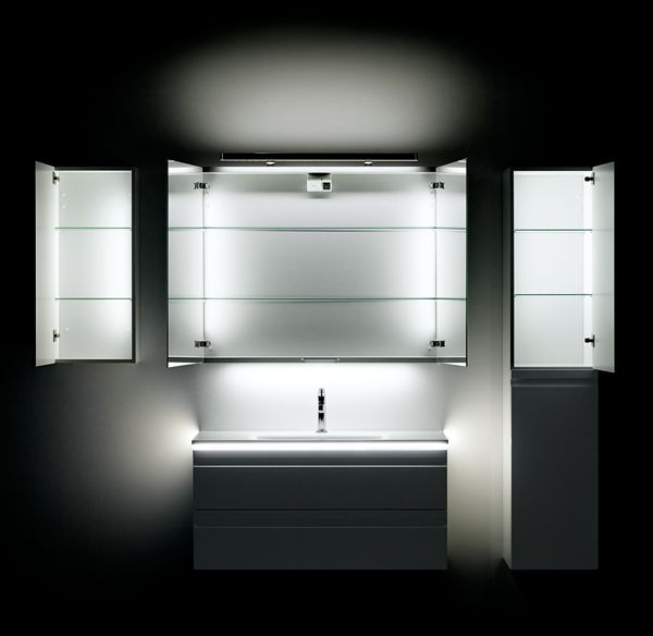 Lighting is a key element in setting the proper atmosphere in the bathroom. Danish Dansani have adopted the newest LED technologies and have come up with entirely new ways to illuminate your bathroom.