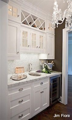 Like This W O The Sink Along The Wall In The Dining Room Wet Bar Designswolf