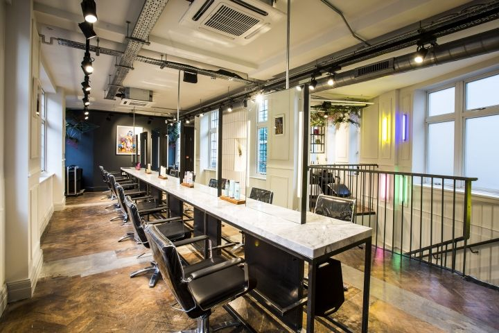 Reis have successfully completed the first floor extension for celebrity stylist, George Northwood's London salon, creating a dedicated colour studio and enhanced retail offer.