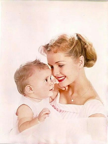 """Debbie Reynolds with daughter Carrie Fisher RIP 12-27-16 & 12-28-16 Debbie's last words were, """"I just want to be with Carrie."""""""