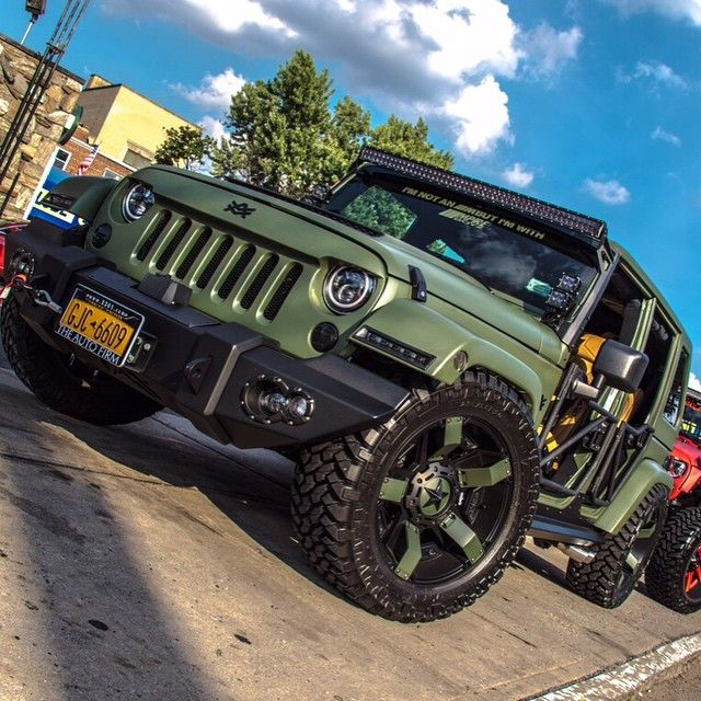 Photo sent to us by my boy El Parcerito who is killing the streets of New York with this Avorza Edition Jeep Wrangler... #QueSeMueranDeEnvidia #AvorzaMovement