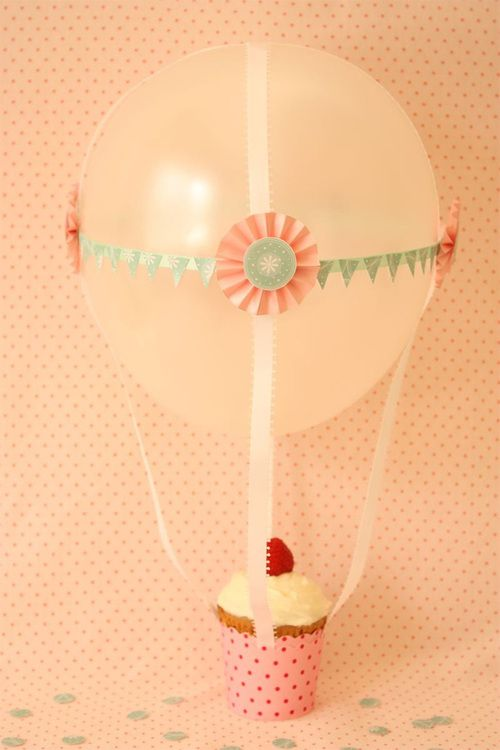 cupcake and balloons