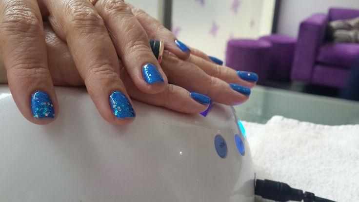 Staff Nails
