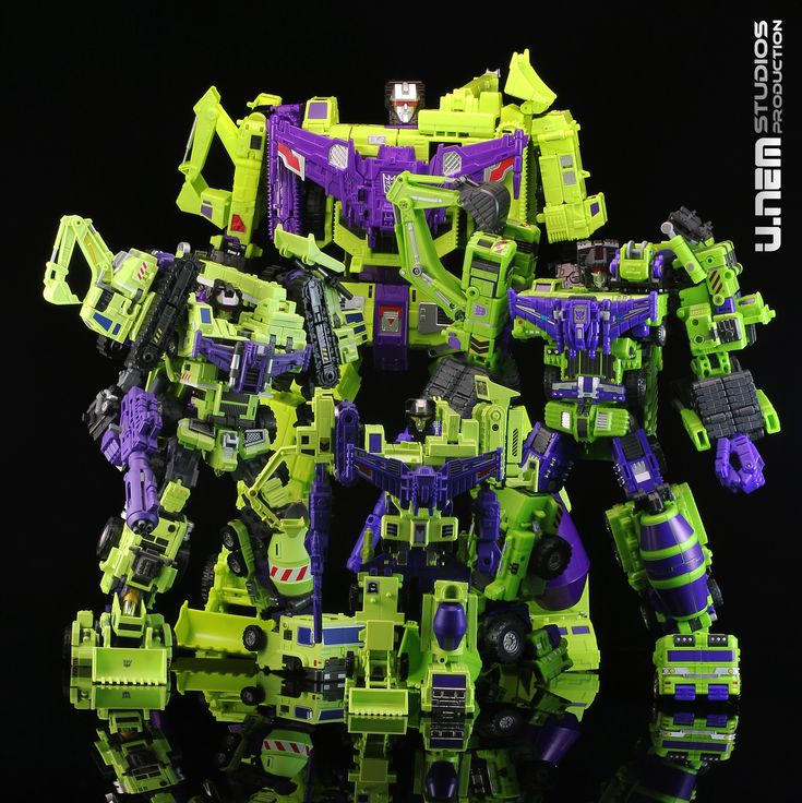 Transformers Generations Combiner Wars and G1 Devastator with Maketoys Giant and TFC Hercules