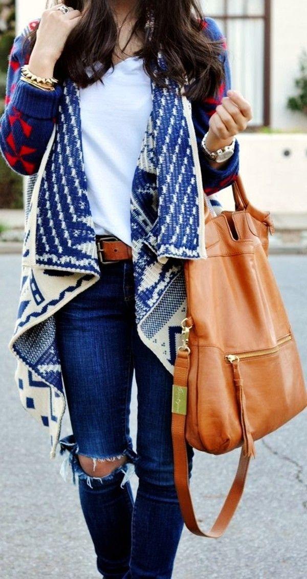 #fall #fashion / oversized pattern print cardigan