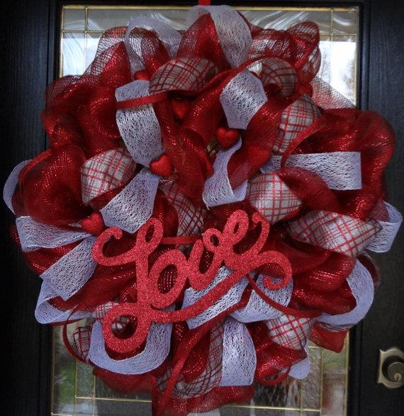 Beautiful Valentine's Day Deco Mesh Wreath