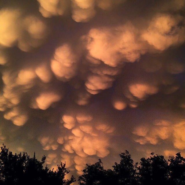 Случайный Дух | nevver: вымеобразное облако Cloudpocolypse