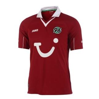 Das offizielle Heim-Trikot der Spieler von Hannover 96 für die Saison 2012/2013.