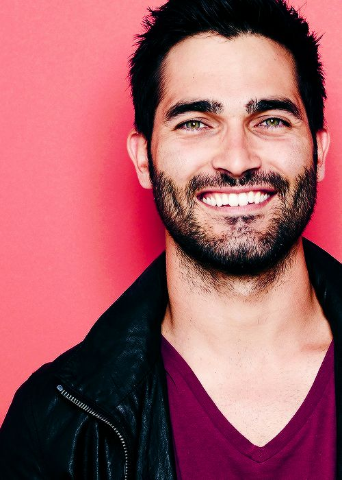 Tyler Hoechlin...this mans appearance renders me speechless lol