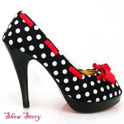 So loving theseFashion, Polka Dot Skirts, Polka Dots, Wedding Shoes, Footwear, Clothing, Platform Pumps, Black White, Powder Rooms