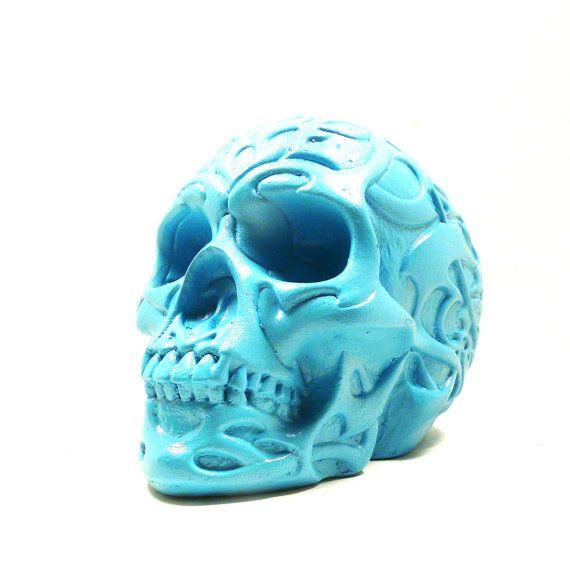 Day of the dead skull sculpture tribal home decor for Skull home decor