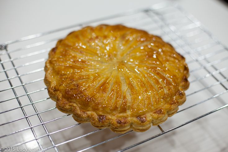 Galette des Rois - Cake of (Three) Kings
