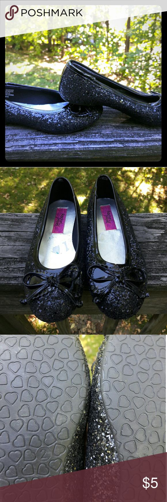 👸Black Sparkly Little Girls Flats 👗 Super cute sparkly flats for a special occasion or just to snazzy up a simple outfit!!! Shoes Dress Shoes