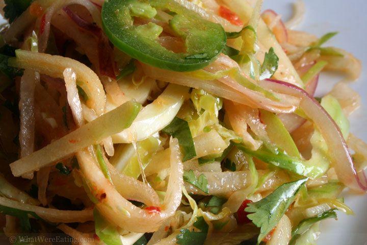 Spicy thai jicama salad: Food Recipes, Jicama Recipes, Jl Recipes, Recipes Blogi, Thai Salad, Recipes Etc, Food Blog, Brussels Sprout