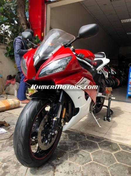 Yamaha R6 600cc year 2009