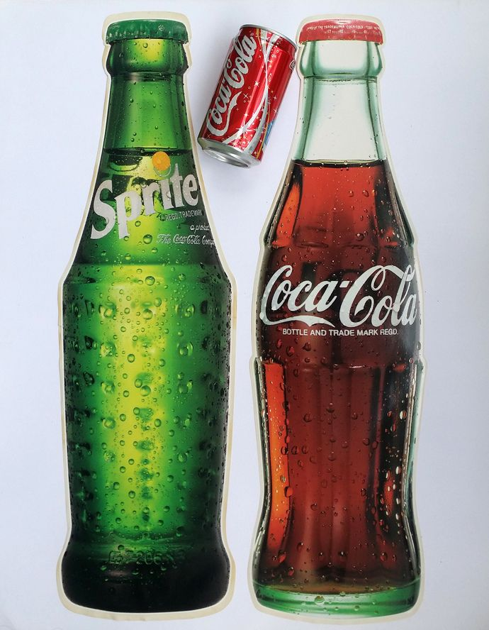 1998 Coca Cola Eyeglass Case Metal w//Great Graphic of Coke Bottle Still Sealed
