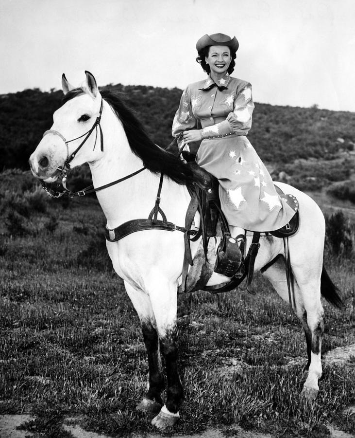 "Dale Evans 1912-2001 She's riding ""Buttermilk"""
