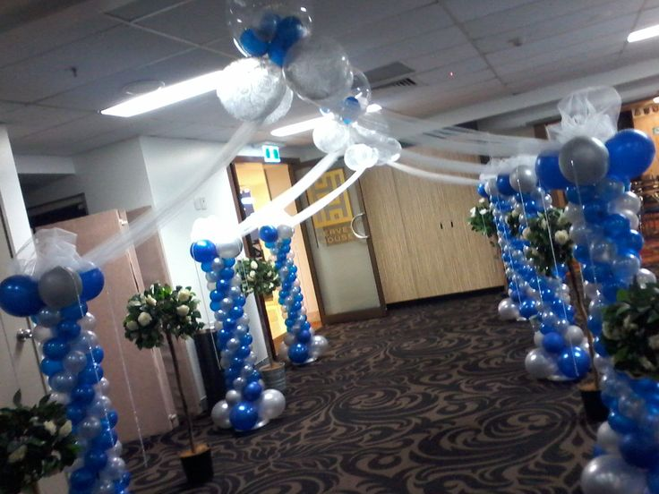 Balloon arch entrance for a blue and bling wedding